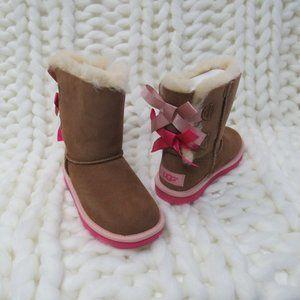 New UGG Bailey Bow II Girls Kids  Boots 2